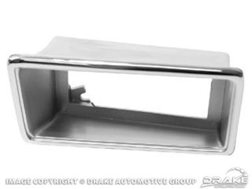 Picture of Rear Marker Bezel (Chrome, LH) : D0ZZ-15A440-BL