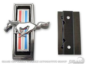 Picture of 1969 Horse Emblem (with Mounting Kit) : C9ZZ-8213-AR